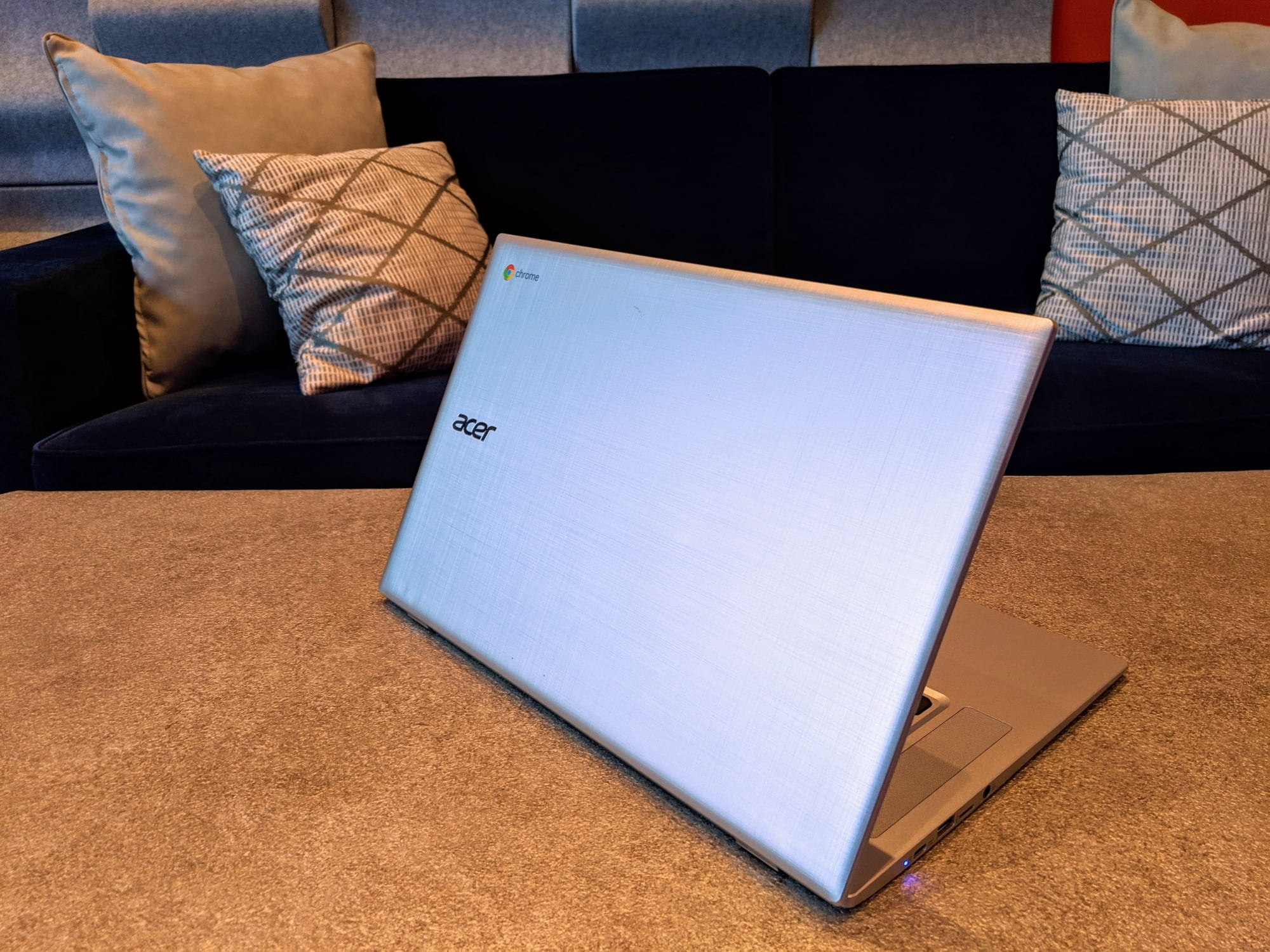 Ces 2019 Acer Chromebook 315 Amd First Impressions