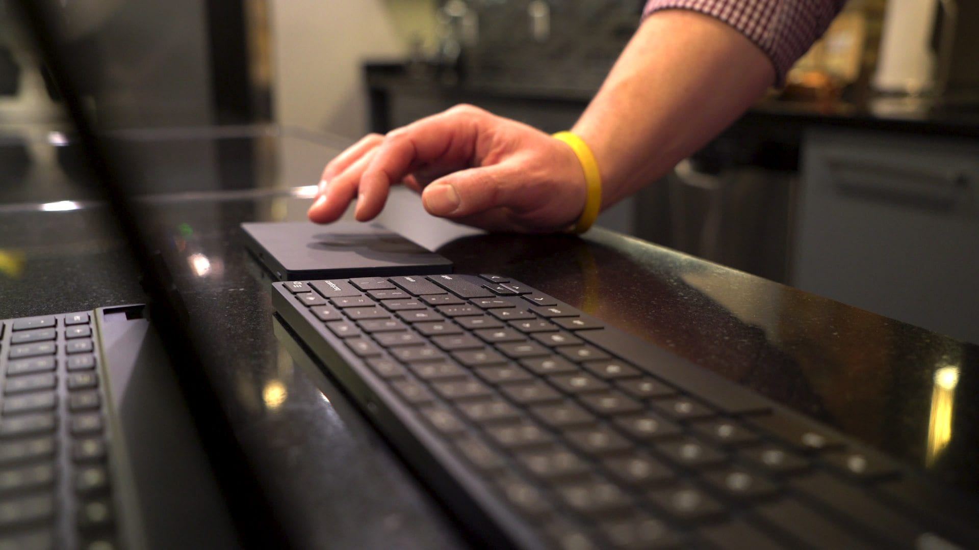 Exclusive: Brydge Debuts First-Ever Wireless Bluetooth Touchpad and Keyboard Made For Chromebooks [VIDEO]