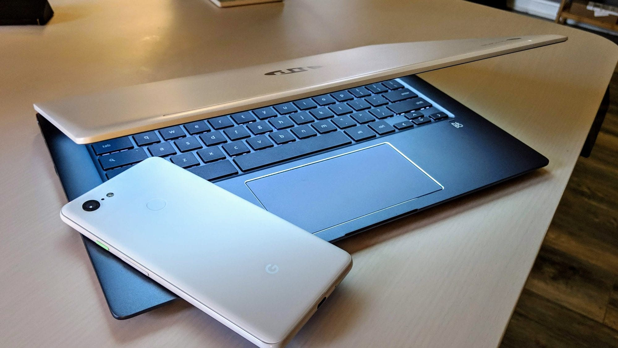 More Chromebooks and Android Phones Getting Instant Tethering Support