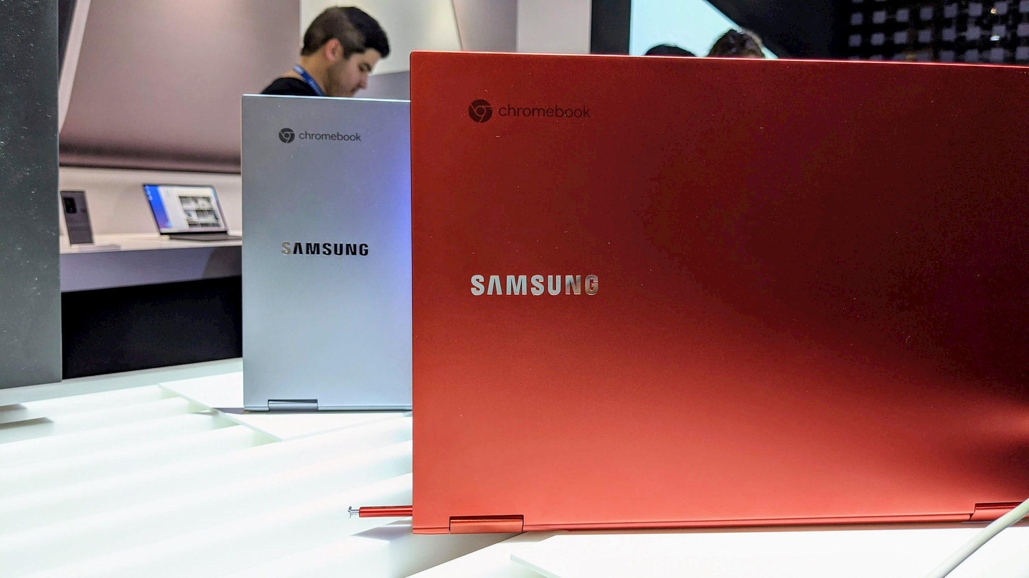 Deal Alert: $100 off the Samsung Galaxy Chromebook