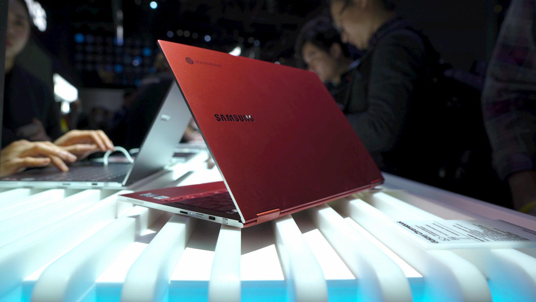 Samsung accidentally listed one bogus spec on its Galaxy Chromebook landing page