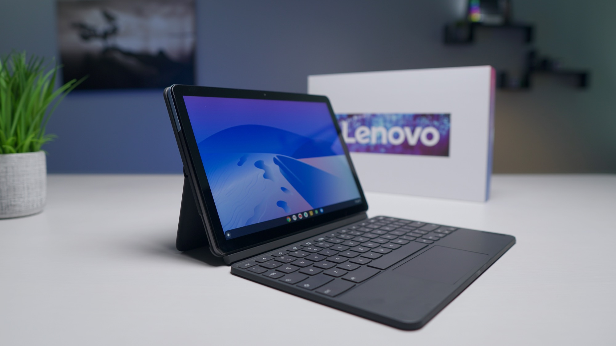 Unboxing the Lenovo Chromebook Duet [VIDEO]