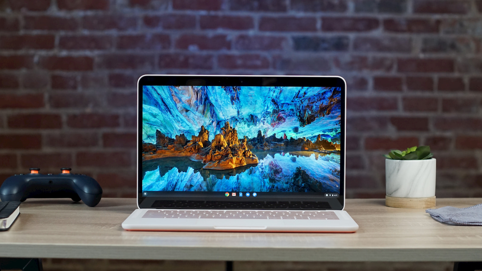 Core m3 Not Pink Pixelbook Go finally appears for preorder