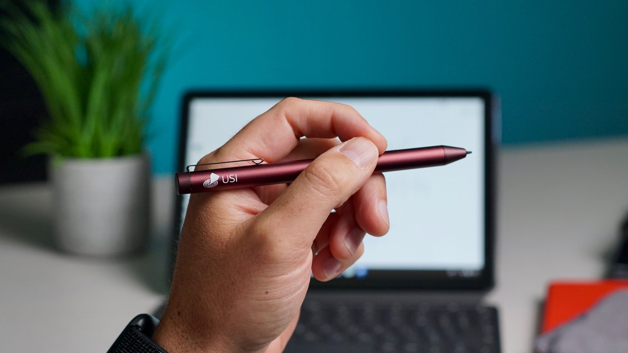 The USI stylus from iPlume is back in stock for $49