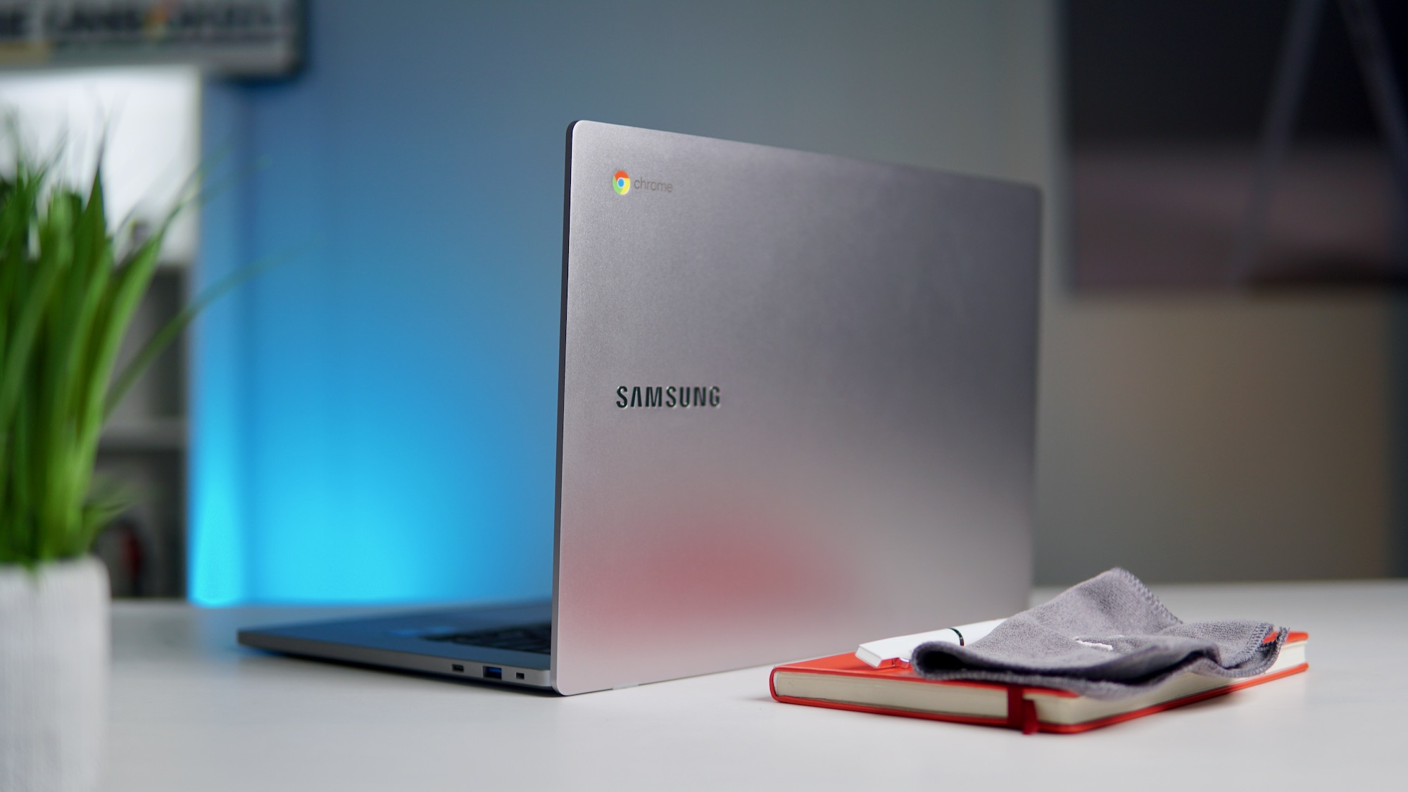 Take $50 off the 128GB 15.6″ Samsung Chromebook 4+