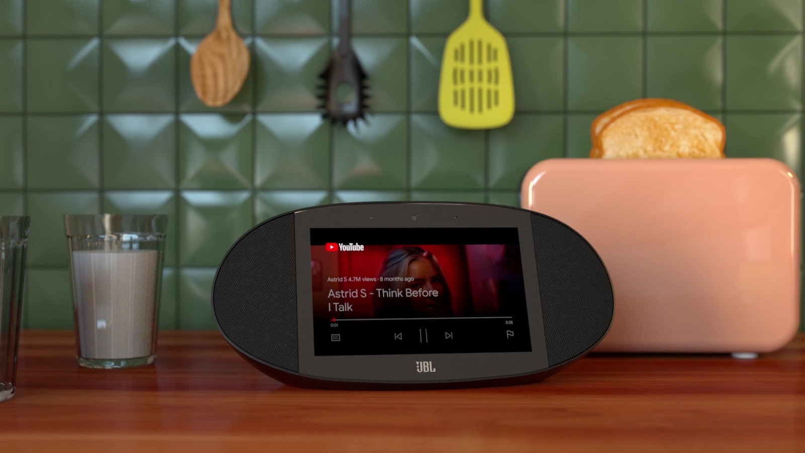 Smart Deal: $210 off the JBL Link View Google Assistant Smart Display