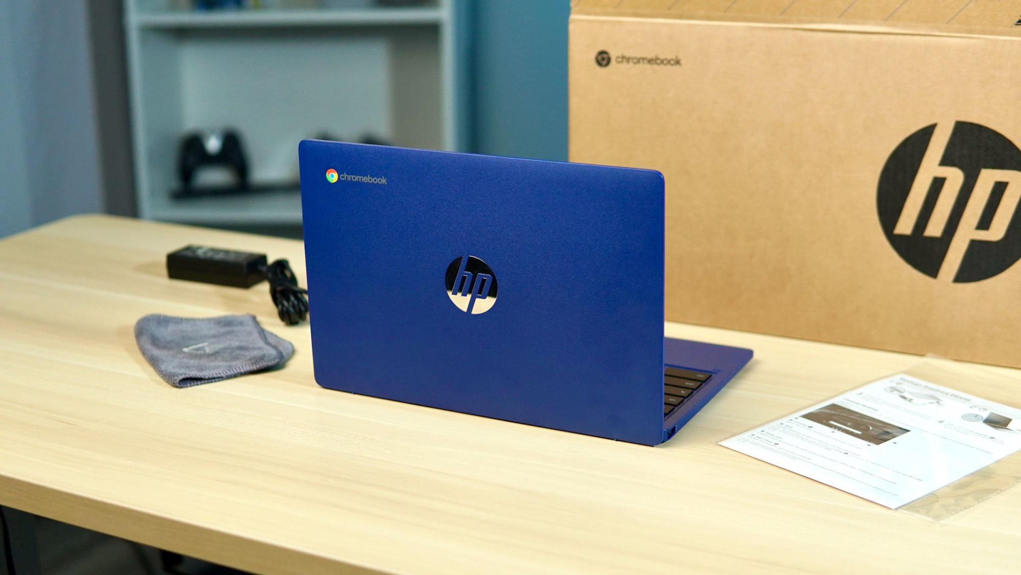 Unboxing and mini-review of the very affordable HP Chromebook 11a