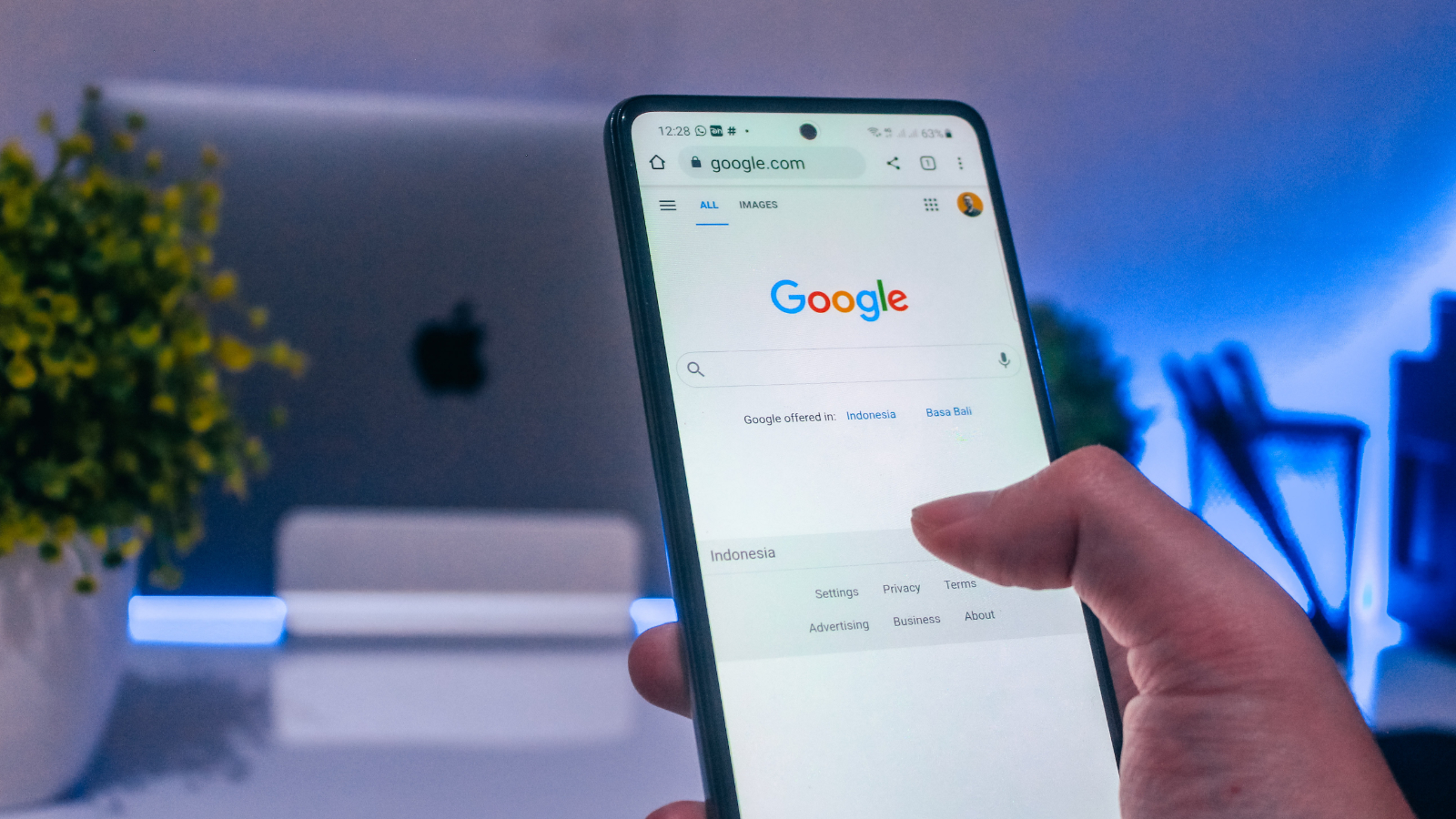Continuous scrolling for mobile brings Google Search into the modern age